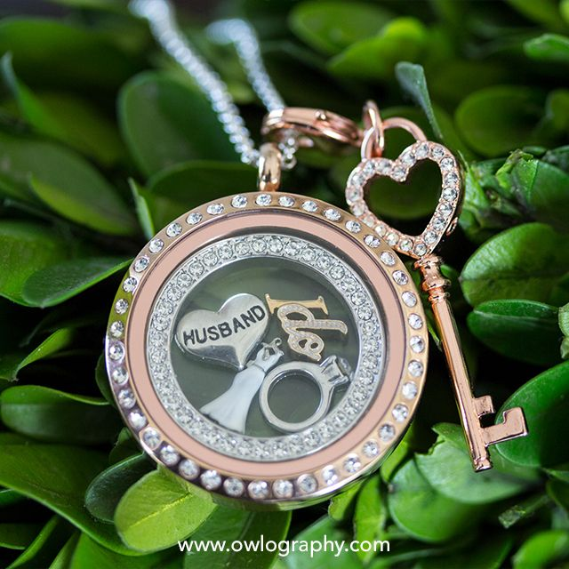 Origami Owl Wedding Locket; Contact me if you're interested in getting gorgeous, personalized jewelry by Origami Owl! kellypalzer.origamiowl.com