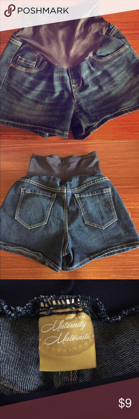 Old Navy maternity Jean shorts size 4 Old Navy Maternity Jean shorts size 4. Stretchy full belly panel, cotton/poly/spandex. Hardly worn!!! Old Navy Shorts Jean Shorts