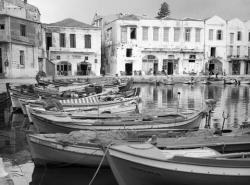 Το παλιό λιμάνι στο Ρέθυμνο 1969.  Φωτογράφος Τάκης Τλούπας http://takis.tloupas.gr
