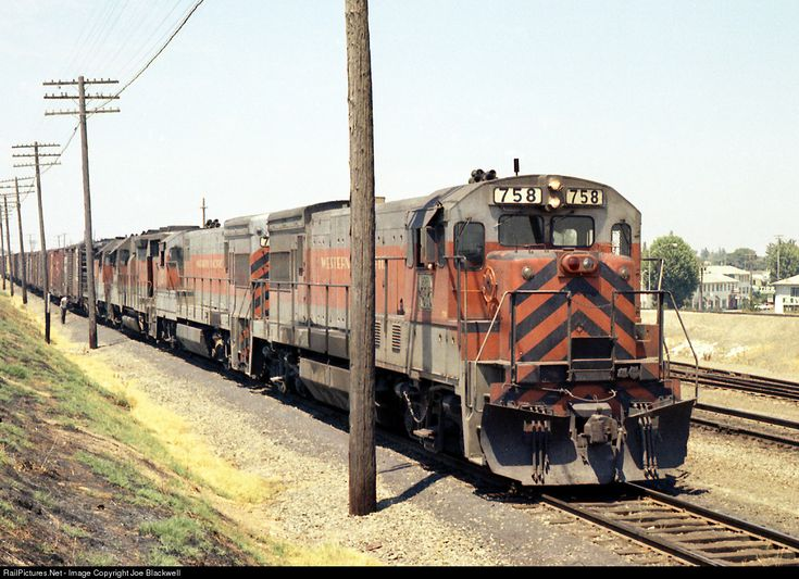 RailPictures.Net Photo: WP 758 Western Pacific GE U30B at Marysville, California by Joe Blackwell