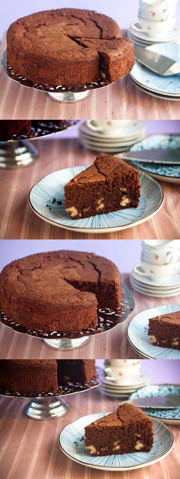 Bizcocho de castañas y chocolate / http://www.offthespork.com/
