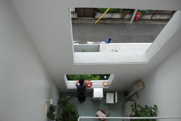 nerima apartments - go hasegawa - photo: Samuele Squassabia