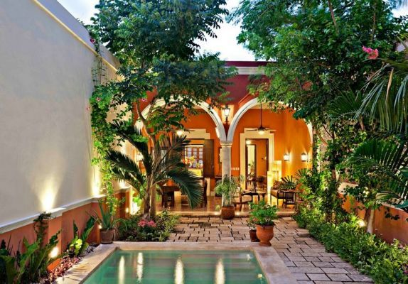 Alkemie colonial mexican architecture reimagined merida for Mexican style architecture