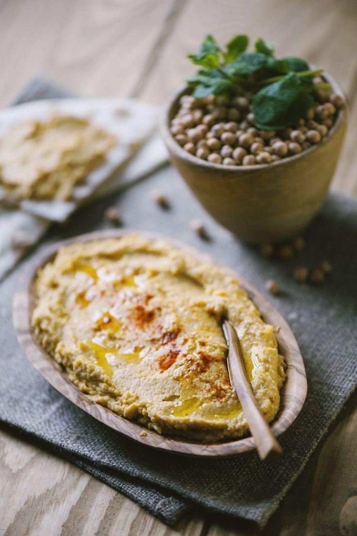 Un tocco mediorientale nel tuo piatto? Prova questa salsa saporita e versatile, da spalmare o aggiungere al riso... ecco il mio hummus!