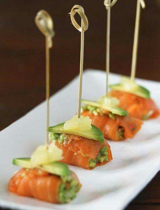 17 best images about hor d 39 oeuvres on pinterest smoked - Tapas con salmon ahumado ...