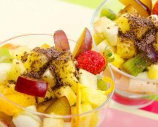 Salade de fruits aux Speculoos© pour régime Cohen : http://www.fourchette-et-bikini.fr/recettes/recettes-minceur/salade-de-fruits-aux-speculoosc-pour-regime-cohen.html