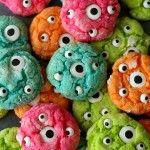 Delicious Gooey Monster Cookies!! Perfect for Halloween! { lilluna.com }