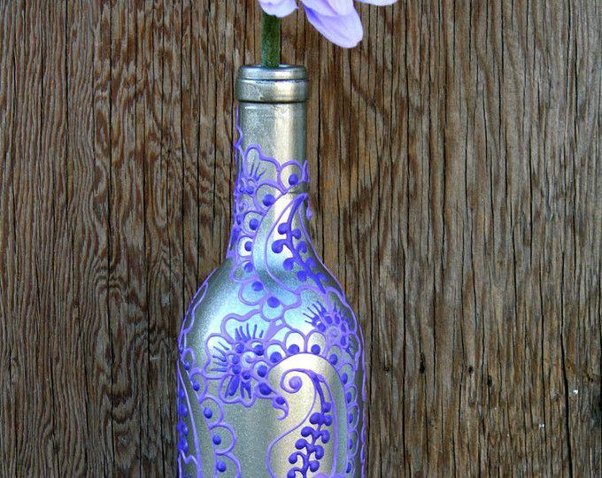 Botella de vino pintada mano florero, por ciclos, plata y púrpura
