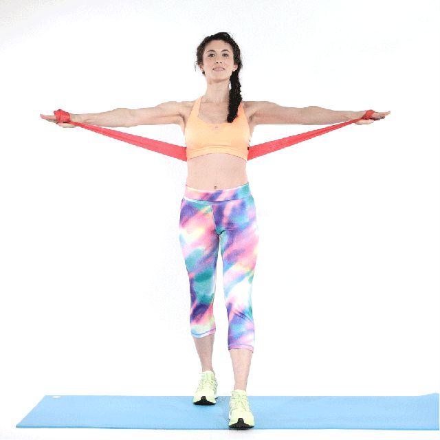 7 esercizi a prova di top per scolpire braccia, schiena, petto e spalle -cosmopolitan.it