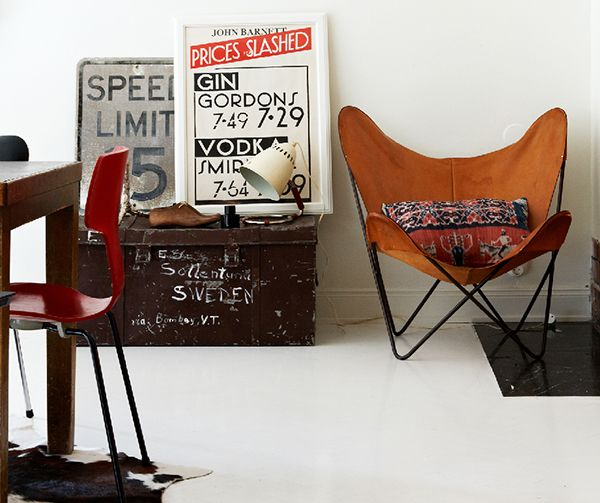 bloodandchampagne1909.jpg (600×503)Studios Design, Solid Frogs, Burnt Orange, Masculine Style, Butterflies Chairs, Modern Industrial, Old Chairs, Vintage Industrial, Leather Chairs