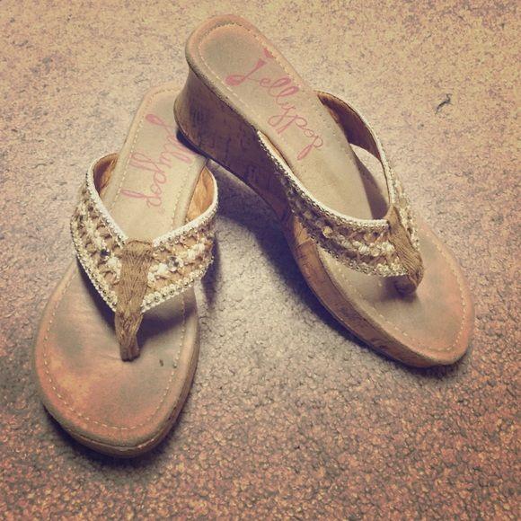 Beige dressy flip flops, also on ♏️ercari Super cute! Shoes Wedges