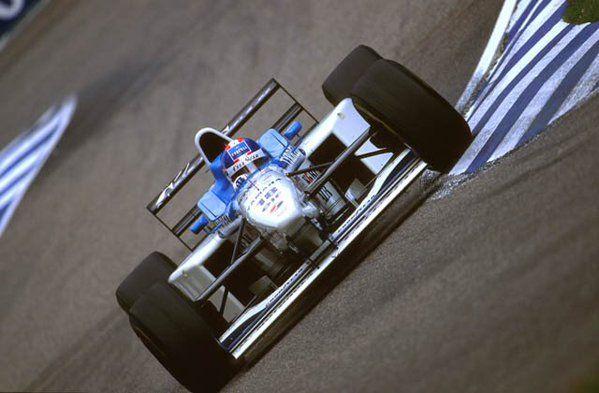 Ukyo Katayama (Tyrrell-Yamaha V10, 024)