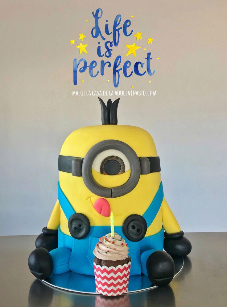 Stuart cake Minion [pastel de Minion (Stuart)] and cupcake