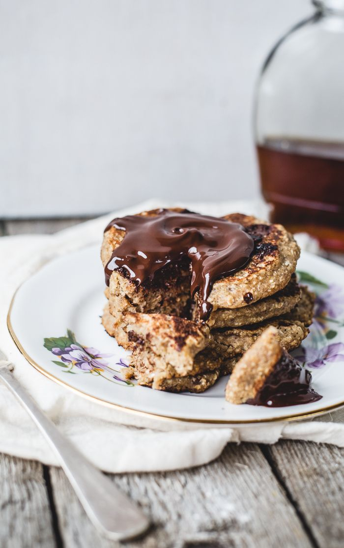 Oatmeal Chocolate Chip Cookie Pancakes for One {vegan + gluten free}Chocolate Chips, Chocolates Chips, Chips Cookies, Vegan Gluten Free,  Chocolates Syrup, Chocolate Chip Cookie, Oatmeal Chocolates, Cookies Pancakes, Chocolates Sauce'S