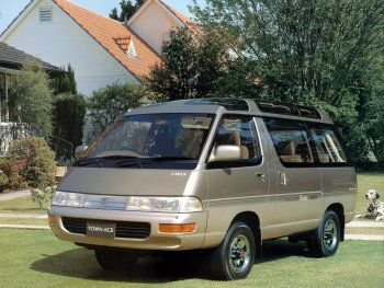 Toyota TownAce Wagon Super Extra Skylite Roof 4WD (YR30G/CR31G) '08.1993–10.1996