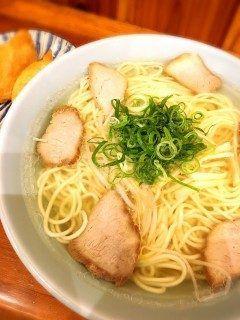 久しぶりに中華そば(-)  あっさりとしたスープがたまに食べたくなりますね  このお店は昭和年からやっているそうです   モリス 広島県呉市本通3-3-7 tags[広島県]