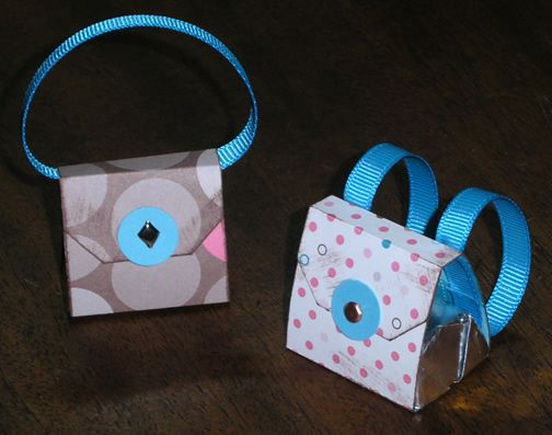 Lots of great templates: Paper Purse