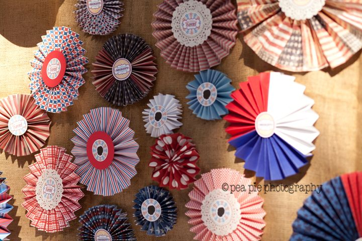 Red, white and blue rosette wall - so festive! #4thofjuly: Blue Rosette, Theme Birthday Parties, 4Thofjuli, Rosette Backdrops, Pinwheels Backdrops, Blue Parties, Americana Theme, Americana Inspiration, 1St Birthday