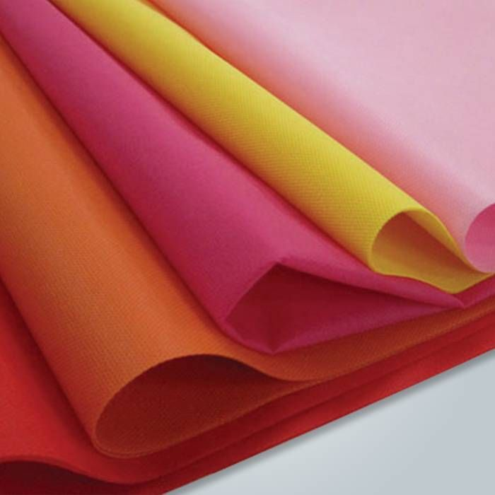 Eco-friendly high quality 100% PP spunbond nonwoven fabric for home textile  Item No :RS-pp 17  Raw material: 100% polypropylene of import brand  Technics: Spunbond process  Weight: 9-150gsm  http://raysonchina.com/melt-blown-100-polypropylene-oil-absorbent-cheap-pp-nonwoven-fabric-price