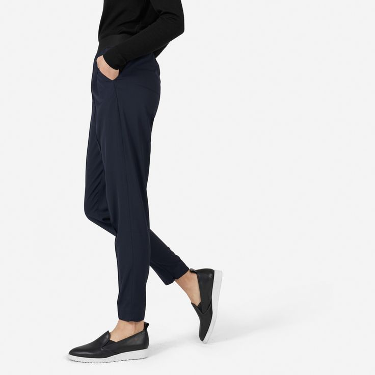 Pull, zip, and go—an easy elasticized waist provides comfort and creates a relaxed drape 100% wool GoWeave™ yarn is tightly spun in Italy, creating a wool twill that is wrinkle-resistant and astonishingly smooth Features elastic waistband, tapered leg opening with zip closure at ankle, two front side pockets, and one back pocket Unlined Dry clean only