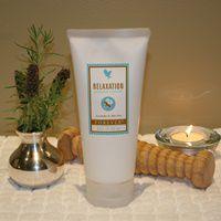 Maak uw ultieme spa-ervaring thuis af met de Relaxation Massage Lotion (artnr 288). Deze rijke massage lotion op basis van aloë vera, witte thee, rijke oliën uit lavendel, bergamot en zonnebloemzaden is een weldaad voor lichaam en geest.