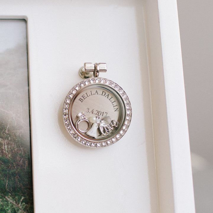 Origami Owl Living Locket Photo Frame | Origami Owl Gifting Collection 2017 | Origami Owl Wedding Gift | Origami Owl Wedding Charms | Email kristy@foreversparkly.com for a free gift!
