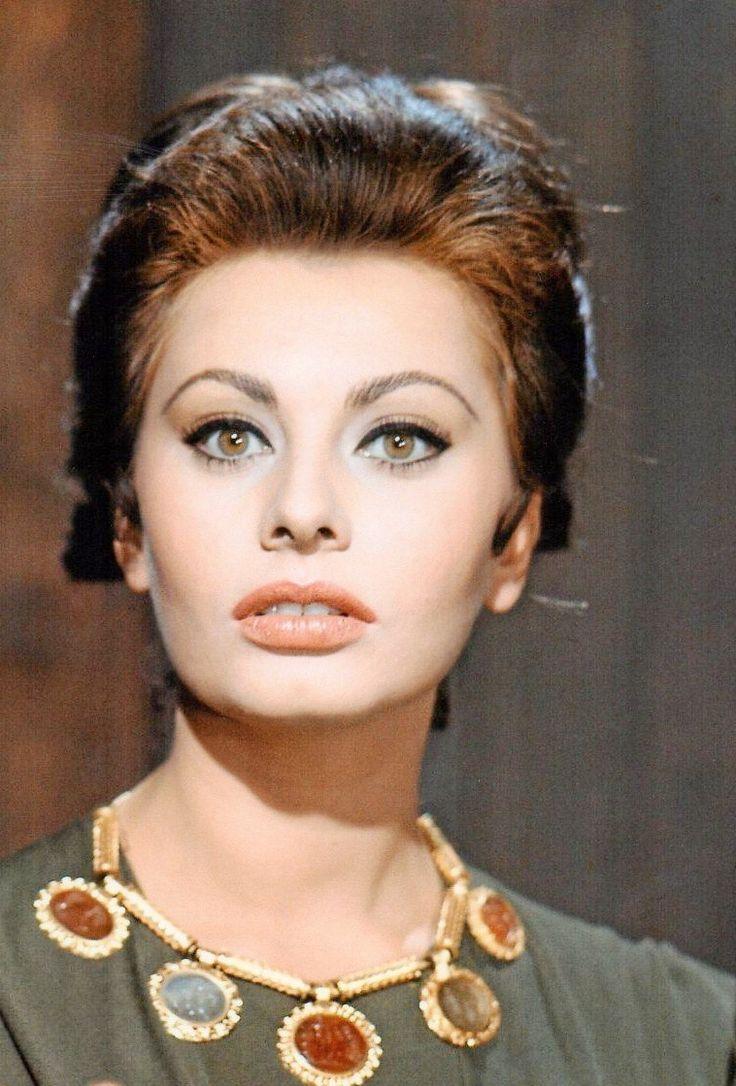 1768 best Sophia Loren...