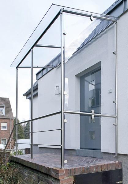 ein selbst gebautes vordach mit dem praktischen baukastensystem von prokilo vordach do it. Black Bedroom Furniture Sets. Home Design Ideas