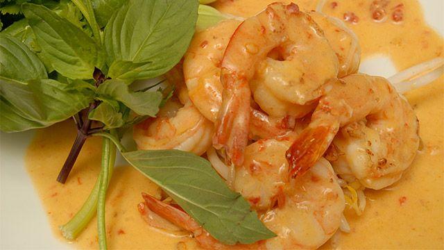 «Une délicieuse recette d'inspiration thaïlandaise qui fera un excellent souper vite fait-vite prêt en rentrant du travail.» Degré de difficulté : facile Nombre de convives...