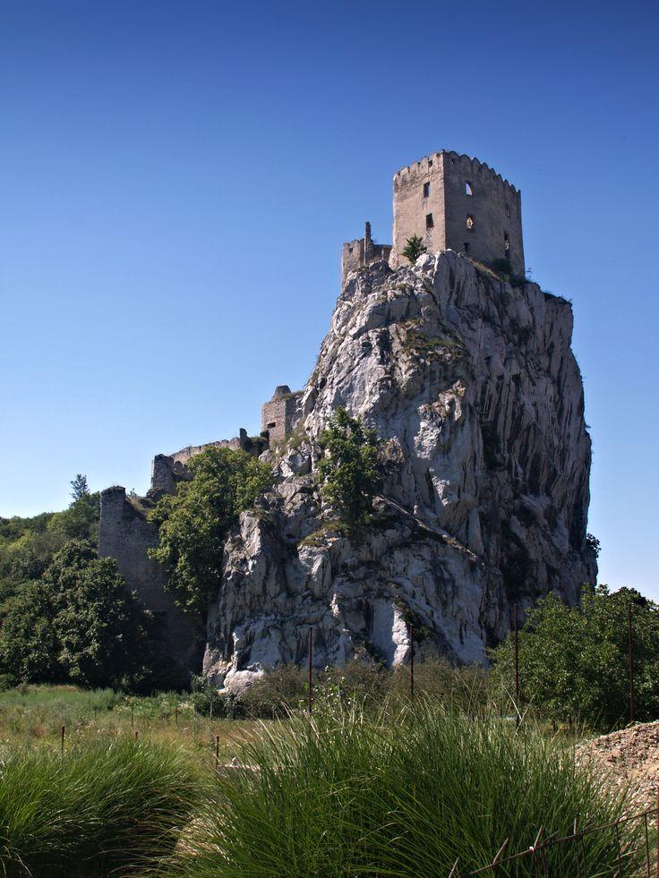 Beckov castle
