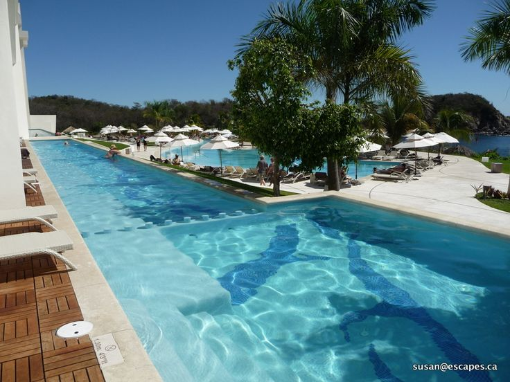 Secrets Huatulco. Relax in the swim out rooms