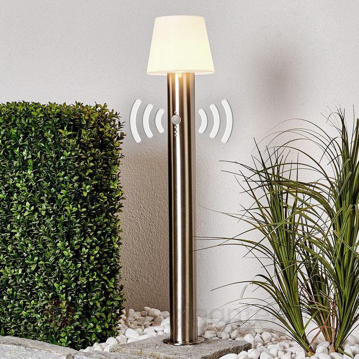 Santina – gatelampe med bevegelsessensor.