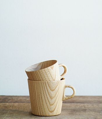 these kami mugs by hidetoshi takahashi need to be re-released. takahashi creates contemporary wares using traditional woodworking techniques.