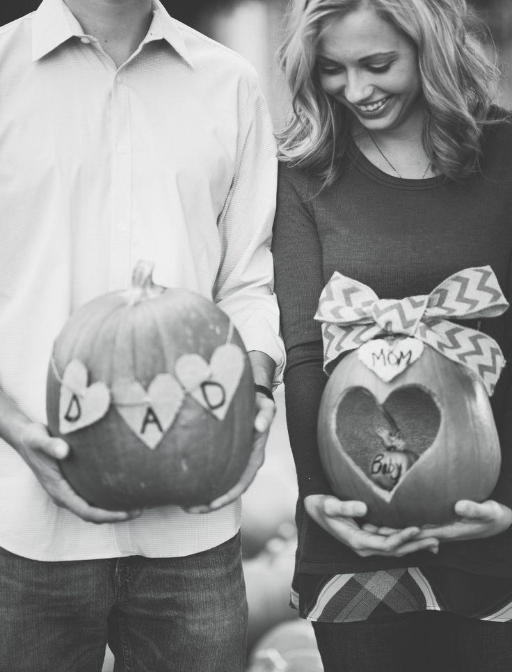 Fall Pregnancy Announcement #PregnancyMonths