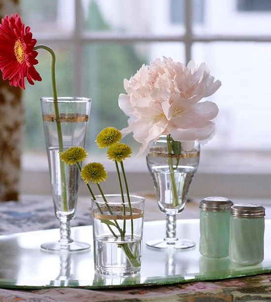 Water WorksBeautiful Flower, Cottages Style, Peppers Shakers, Pretty Things, Antiques Glassware, Mismatched Glasses, Fresh Flower, Pretty Flower, Simple Touch