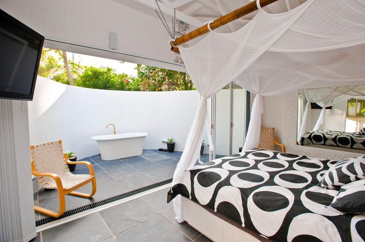 Thirty One Degrees-Image-Gallery - Beach House + Villa + Apartment Accommodation