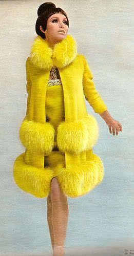 Pierre Cardin, 1966. Now that is yellow! TG …