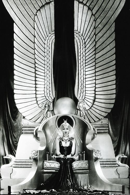 rollership:  Claudette Colbert in Cecil B. DeMille's Cleopatra (1934)