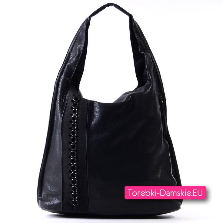 Czarna torba na ramię z ozdobną wstawką i suwakiem z przodu Kliknij http://torebki-damskie.eu/czarne/1385-czarna-torba-na-ramie-stylowy-worek.html