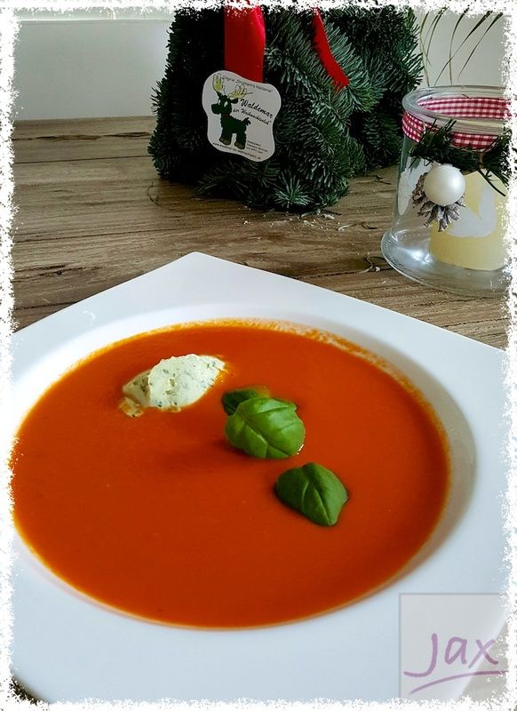 Tomatensoep met pestomascarpone