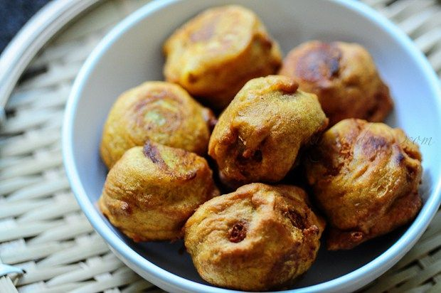 Aloo Bonda Recipe | Potato Bondas - A Quick Snack Recipe