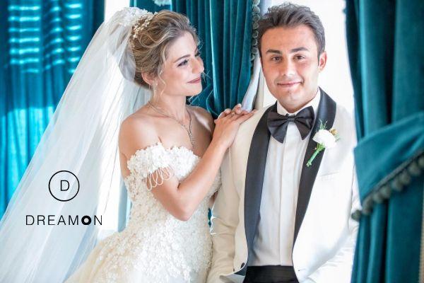 DreamON couture gelinlik modeli, Gaziantep DreamON Gelini Buket Hanım'a çok yakıştı. Kendisine Eşi Sedat Özsoy'la ömür boyu mutluluklar dileriz. www.dreamon.com.tr  #dreamon #dreamoncouture #gelinlik #couture #gelinlikmodelleri #abiye #abiyemodelleri #kaftan #great #fashion #follow #like #moda #style #tarz #tasarım #dreamonplaza #gaziantep #happy