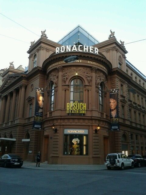 Ronacher Theater