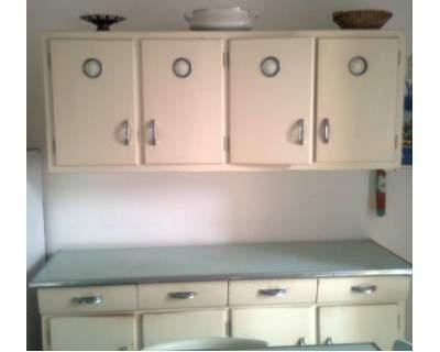 Kitchen cabinet   '40