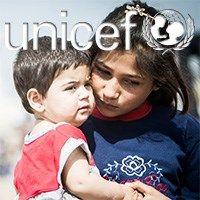 Lad os sammen hjælpe de syriske børn. De har igennem de sidste 4 år oplevet deres værste mareridt. De har mistet deres søskende, deres forældre, bedsteforældre, deres hjem. Ja listen er desværre lang. Vi kan igennem Unicefs arbejde hjælpe dem med at få rent vand, varme tæpper, vacciner og tryghed.