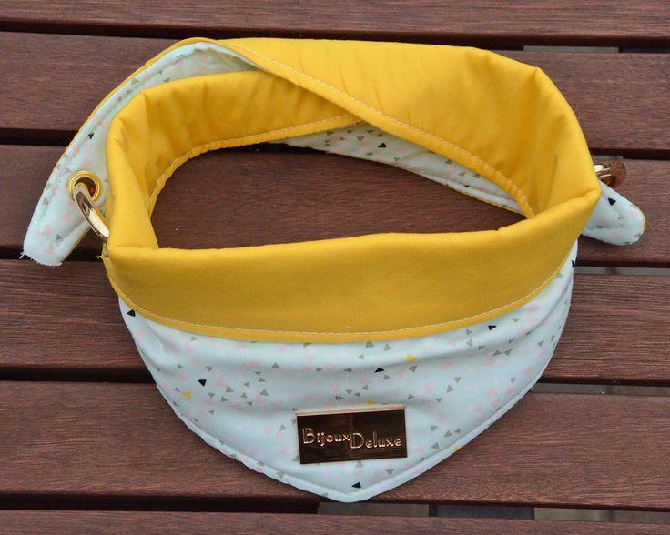 Een persoonlijke favoriet uit mijn Etsy shop https://www.etsy.com/nl/listing/468424346/omkeerbare-hond-bandana-mint-driehoeken