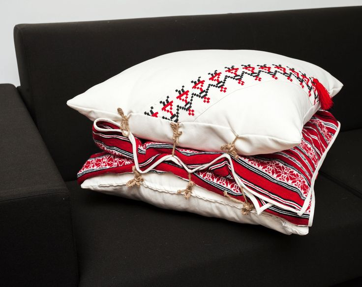 Pillow and Bed Cover / Traditional Romanian  motifs Romanian traditional motifs #hora #Romanian #dancers #pillow #bedcover #comfy #cozy #soft #home #deco #traditional #bindings #Maramures