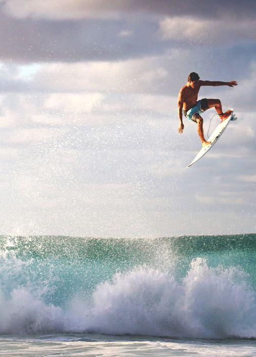 john-john-florence:  surf4living:  time to land ph: mattias hammer   ~