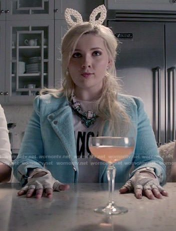 Chanel 5's Francais tee and blue jacket on Scream Queens.  Outfit Details: http://wornontv.net/53588/ #ScreamQueens