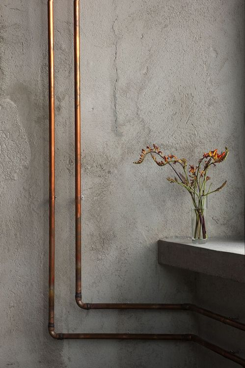 greaterthanexpected:  copper pipes & freesia »>